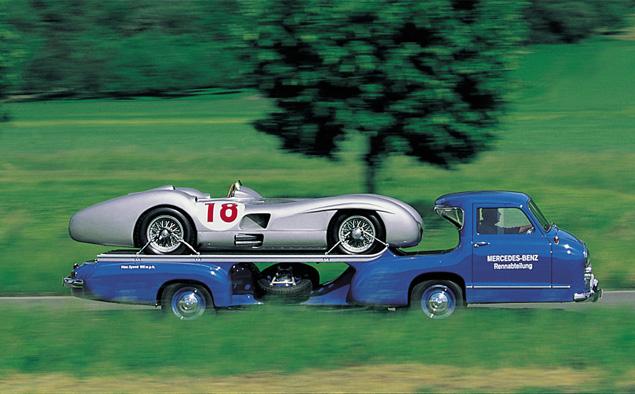 evakuator-Mercedes-Benz-Rennwagen-Schnelltransporter-8